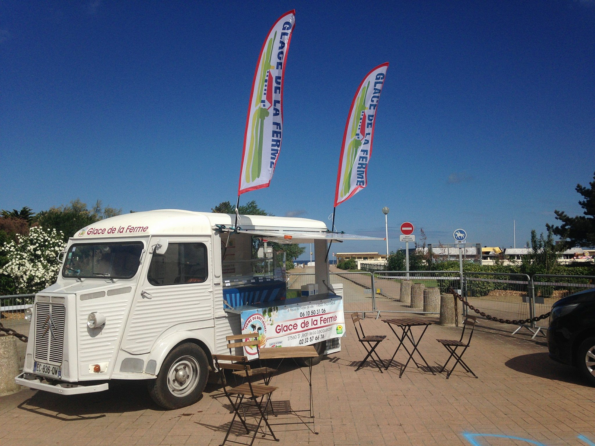 ice truck fermier glaces de la ferme evenement normandie eure calvados